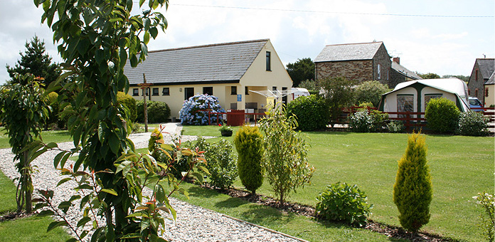 Laurels Campsite, Touring Pitches and Holiday Cottages in NOrth Cornwall